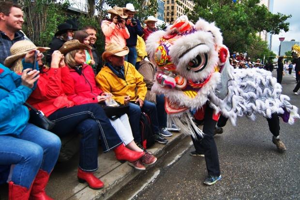 jing wo lion dance calgary 2019 chinese stampede parade